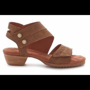 Walking cradles calista sandals 7